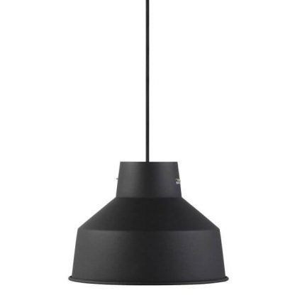 Metalowa lampa wisząca w kolorze czarnym