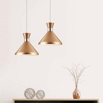 miedziana lampa wisząca aranżacja salon nowoczesna