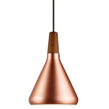 miedziana lampa wiszaca w stylu skandynawskim z drewnem