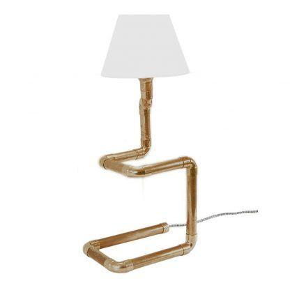 miedziana lampka stołowa do drewnianego domu