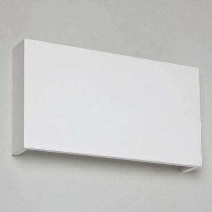 minimalistyczny nowoczesny kinkiet biały