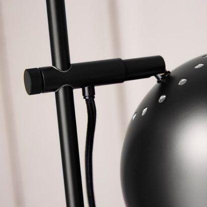 mocowanie lampy ball