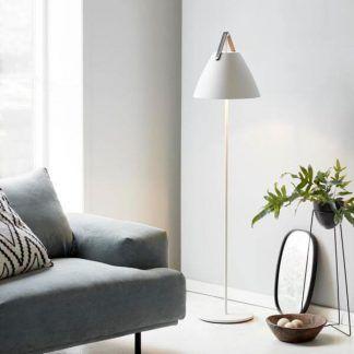 Nowoczesna biała lampa podłogowa do salonu