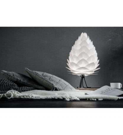 nowoczesna lampa stołowa trójnóg biała