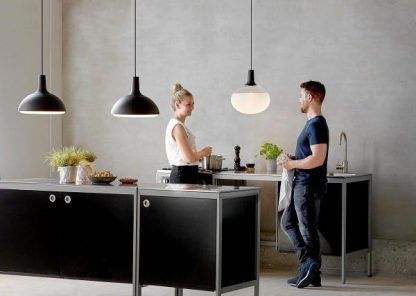 nowoczesne lampy nad kuchenną wyspę aranżacja
