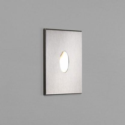 nowoczesne oczko kwadratowe na klatkę schodowa