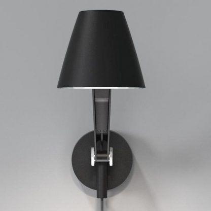nowoczesny kinkiet jako lampa biurkowa nad biurko - czarna