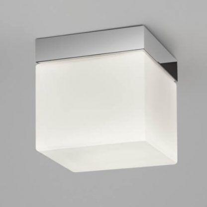nowoczesny plafon łazienkowy białe szkło chrom