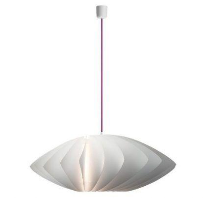 owalna lampa wiszaca biała z fioletowym kablem