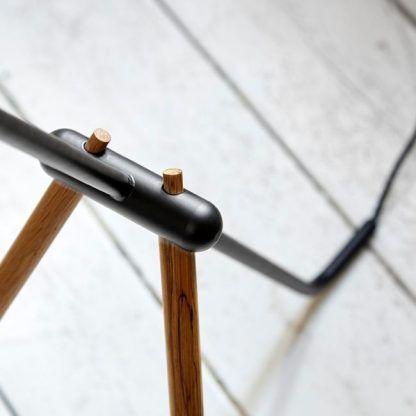 podstawa lampy podłogowej drewnianej