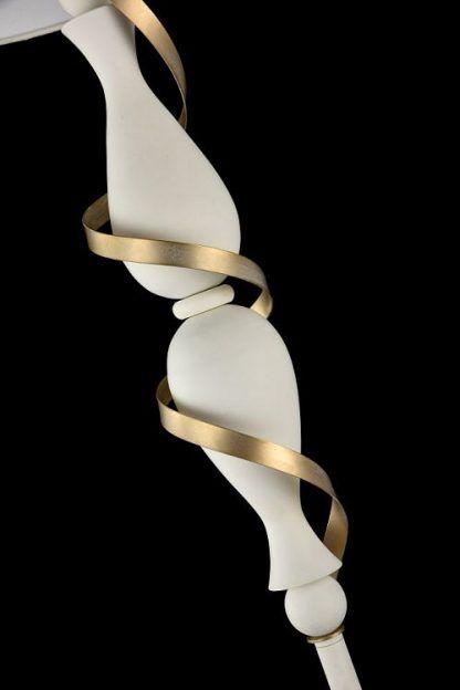 podstawa lampy stołowej ze złota wstążką