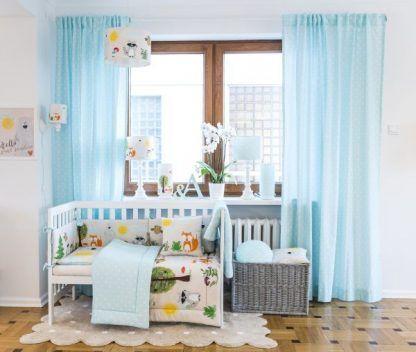 Pokój z niebieskim dodatkami lampa w zwierzątka