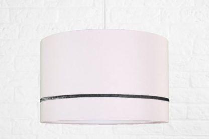 różowa lampa wisząca dla dziecka lub dziewczynki