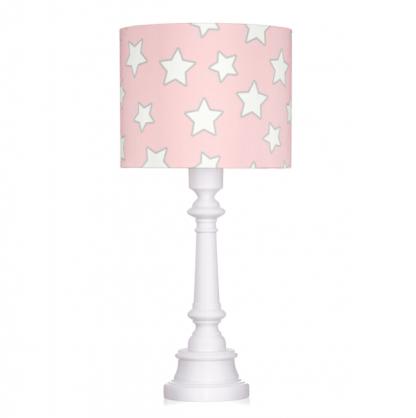 Różowa lampa z abażurem w gwiazdki do sypialni
