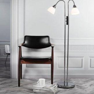 srebrna lampa podłogowa z dwoma kloszami do salonu