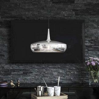 srebrna połyskująca lampa wisząca do salonu w czerni
