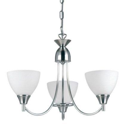 srebrny żyrandol na trzy żarówki z białymi kloszami