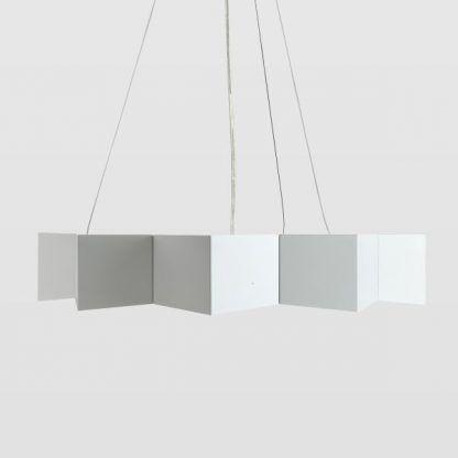 stalowa lampa wisząca geometryczny klosz biała