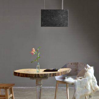 szara lampa kamienna - wisząca nad stołem - prostokątna