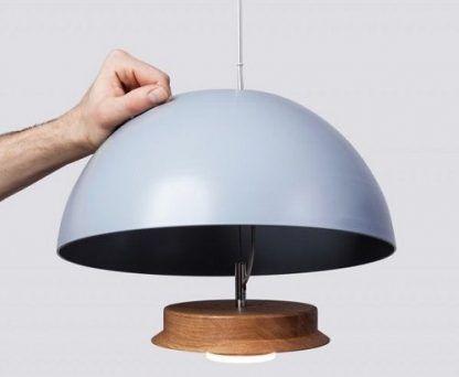szara lampa wisząca z kloszem do salonu lub kuchni