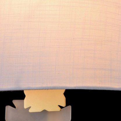 szczegół na lampie 54565