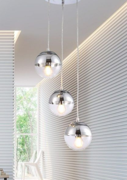 szklana srebrna lampa wisząca do salonu aranżacja