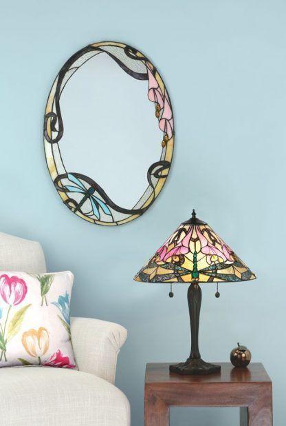 witrażowa lampa stołowa do salonu niebieskie ściany