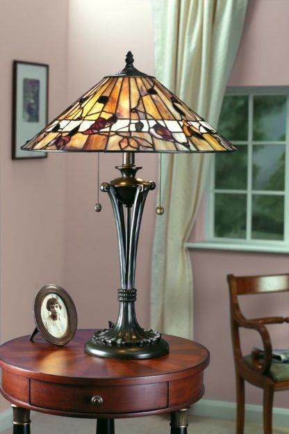 witrażowa lampa stołowa klasyczny salon