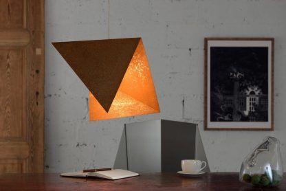 zardzewiała lampa wisząca nad stół - naturalna stal