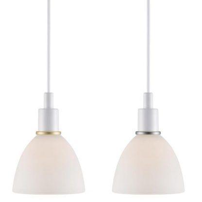 zestaw dwóch lamp wiszących ze szklanymi kloszami