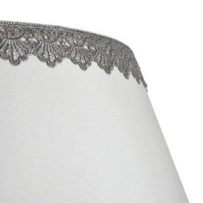 żyrandol z eleganckimi abażurami szare koronki