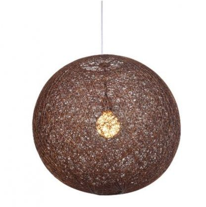 brązowa lampa wisząca rattanowa kula