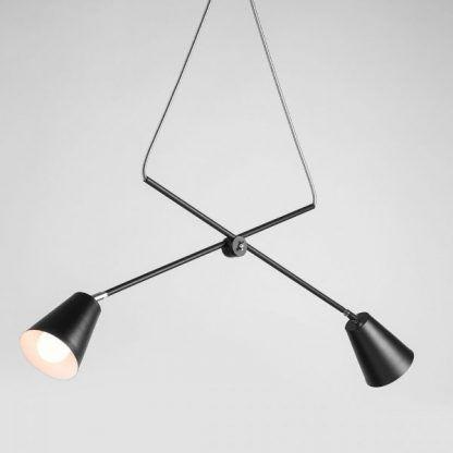 czarna lampa wisząca dwa regulowane klosze równoważnia