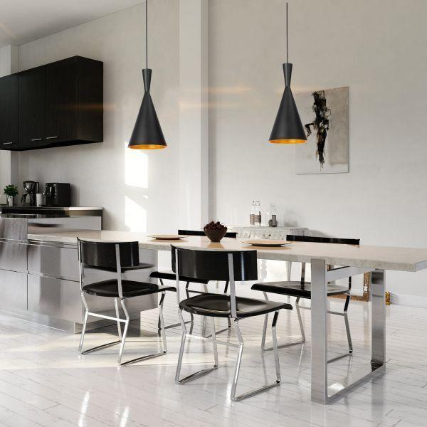czarne lampy wiszące nad stół jadalny