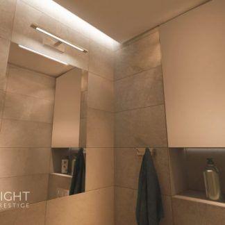 Kinkiet Isla jako doświetlenie lustra w łazience