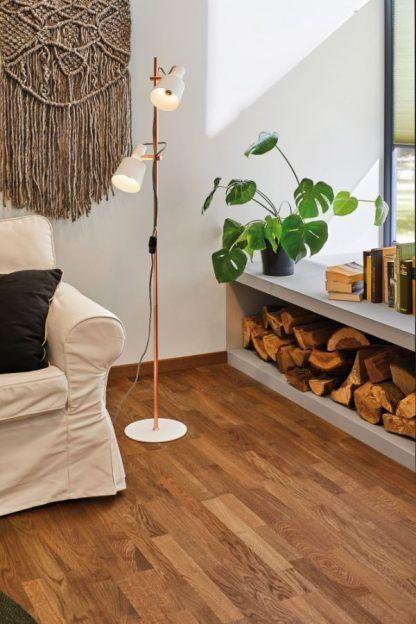 Lampa podłogowa Haldar do salonu