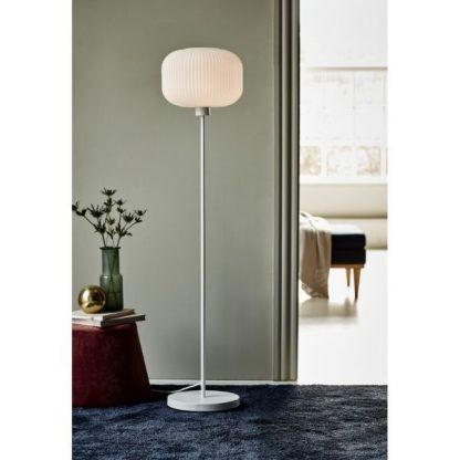 Lampa podłogowa Milford do salonu