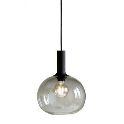 designerska lampa wisząca z okrągłym szkłem