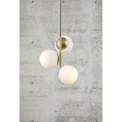 lampa wisząca ze szklanymi kulami - złota oprawa