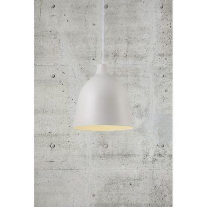 biała lampa wisząca do szarego salonu