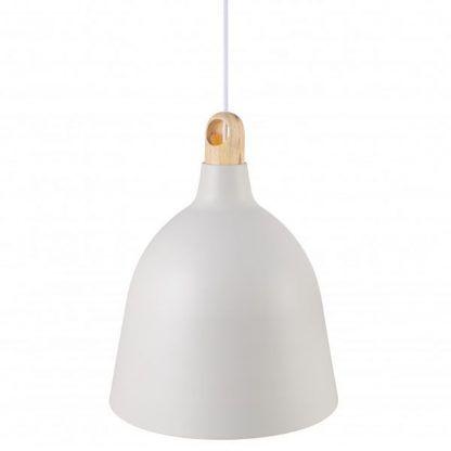 biała lampa wisząca z drewnianą dekoracją