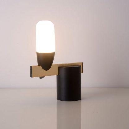 lampka stojąca nowoczesna led