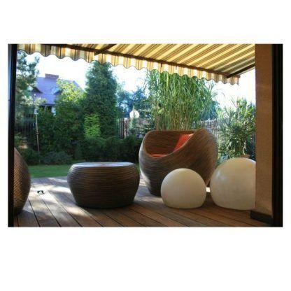 lampy w kształcie kul do ogrodu i na taras