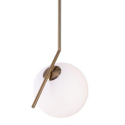 szklana lampa wisząca na złotym ramieniu