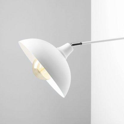 biała lampa z regulowanym kloszem nowoczesna
