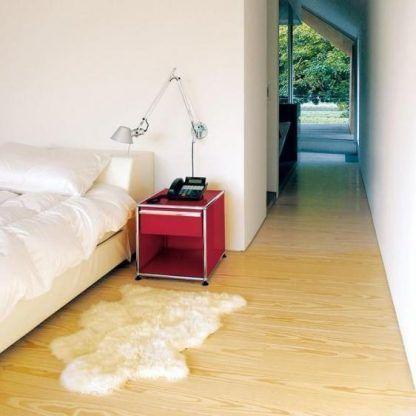 regulowany kinkiet do sypialni aranżacja