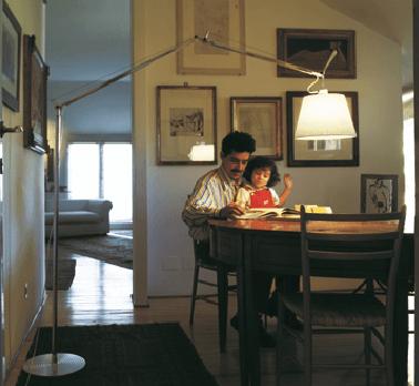 lampa podłogowa do jadalni długie ramię aranżacja