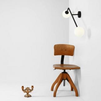 Kinkiet Pure do minimalistycznego salonu