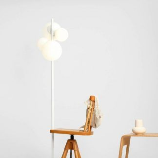Lampa podłogowa Balia do stylowego salonu