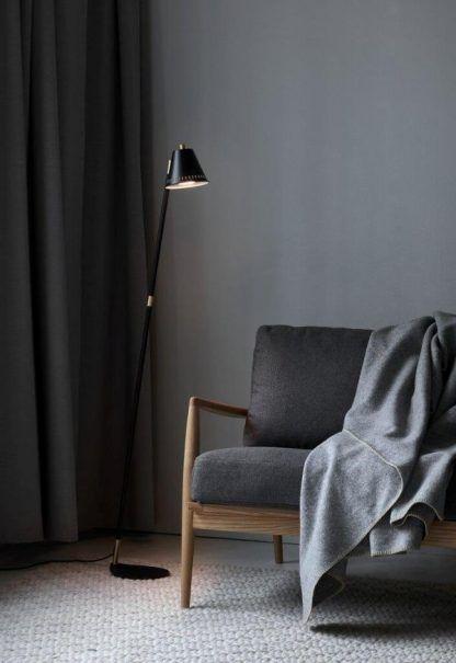 Lampa podłogowa Pine do pokoju dziennego